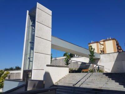 Ascensor y pasarela Echavacoiz